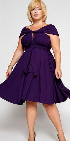 Purple plus size dress. Stylish party dress.