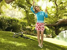 How cute are these printed shorts? Bonus: They're even easier to wear than skirts!