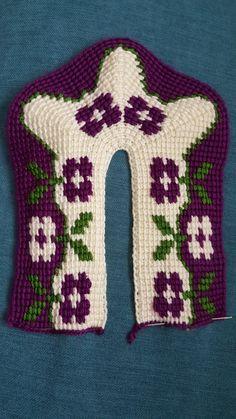 Tunisian Crochet, Moda Emo, Crochet Slippers, Christmas Sweaters, Fashion, Moda Masculina, Loafers & Slip Ons, Craft, Hairstyle Man