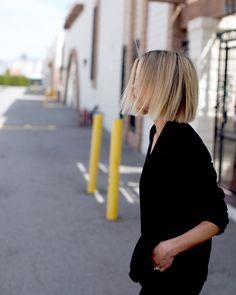 Haare What Is a Proper Wedding Gift? Bleach Damaged Hair, Short Thin Hair, Brown Blonde Hair, Hair Color And Cut, Shoulder Length Hair, Great Hair, Hair Looks, Hair Trends, New Hair
