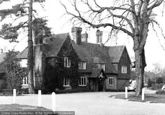 Displaying the first of 2 old photos of Hildenborough . View all ...