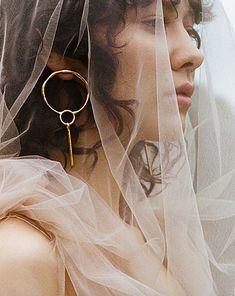 Sculpting, Jewelry Accessories, Hoop Earrings, Fashion, Large Curls, Brass, Moda, Sculpture, Jewelry Findings