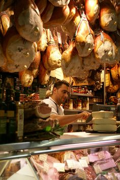 proscuitto S. Lorenzo market, Florence...loved the San Lorenzo market and Mercato Centrale!