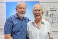 Ganhador do Nobel da Paz em 1980, Adolfo Pérez Esquivel revelou que vai indicar o ex-presidente Luiz Inácio Lula da Silva para a próxima edição do prêmio. Os dois se encontraram no instituto que leva o nome do petista,