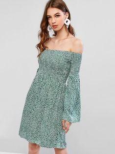 ZAFUL Smocked Ditsy Floral Off Shoulder Mini Dress USD Source by spotpopfashion dress Petite Mini Dresses, Plus Size Mini Dresses, Mini Prom Dresses, Mini Dresses For Women, Mini Dress Formal, Style Floral, White Cocktail Dress, Mini Vestidos, Long Sleeve Mini Dress