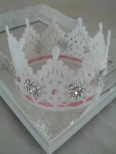 Cute lil dainty lace crown