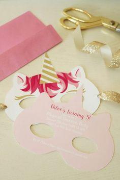 Invitation masque licorne à télécharger (free printable) sélection articles et idées anniversaire licorne - enfants - kids - unicorn - party - birthday - décoration