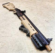 Custom Mossberg 500 in Magpul Flat Dark Earth Mais Weapons Guns, Guns And Ammo, Tactical Shotgun, Tactical Gear, Mossberg 500 Tactical, Firearms, Shotguns, Fire Powers, Custom Guns