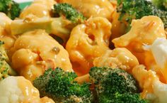 A great way to get children to enjoy cauliflower, and a good source of fibre and potassium. Quick Dinner Recipes, Side Dish Recipes, Fall Recipes, Great Recipes, Favorite Recipes, Cooking On A Budget, Budget Meals, Tasty Dishes, Food Dishes