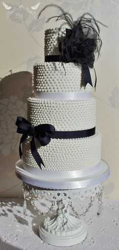 Another spectacular creation by Romeo and Juliet Cakes, Scotland