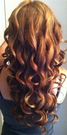 difference between curling and combing out