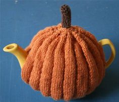Laughing Hens knitting patterns, Pumpkin Tea Cosy Pattern, , from Laughing Hens