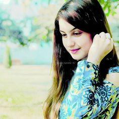 Tunisha Sharma, Beautiful Bollywood Actress, Beautiful Smile, Teenagers, Soaps, Celebs, Actresses, Beauty, Women