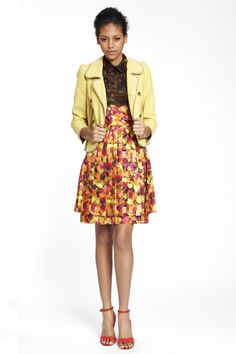 I love the way the texture of the print pops against the pale yellow jacket.