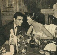 Faten hamama and omar el sherif Classic Actresses, Actors & Actresses, Egypt Movie, Grey Wallpaper Iphone, Egyptian Beauty, Arab Celebrities, Egyptian Actress, Old Egypt, Cute Girl Photo