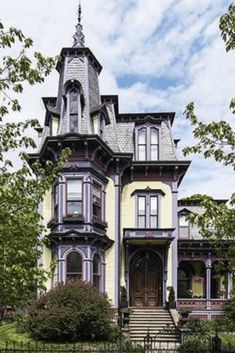 1874 Second Empire For Sale In Hudson New York — Captivating Houses Victorian Architecture, Classical Architecture, Architecture Details, Stairs Architecture, Victorian Style Homes, Victorian Era, Victorian Interiors, Victorian Decor, Victorian Houses
