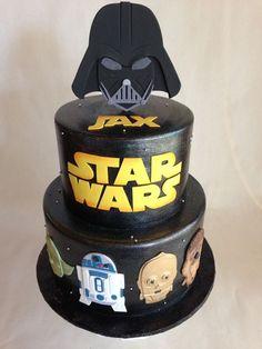Birthday cake | Star Wars | fondant | darth vader | R2D2 | yoda | C3PO | Chewbacca | fondant appliques: