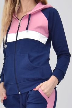 Sporty Outfits, Kpop Outfits, Sporty Style, Chic Outfits, Girl Outfits, Fashion Outfits, Workout Attire, Pajamas Women, Outfit Sets