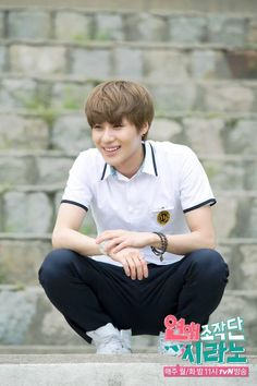 Taemin CYRANO DATING AGENCY, he would appear monday june 3rd, 11 pm KST and maybe the next day too
