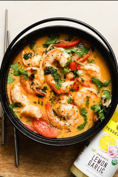 Add a little spice to your with our zesty Lemon Garlic, red curry, and juicy shrimp! This One Pot Thai Coconut Curry Shrimp is the… Shrimp Recipes, Fish Recipes, Asian Recipes, Healthy Recipes, Ethnic Recipes, Thai Curry Recipes, Whole30 Recipes, Recipies, Thai Shrimp Curry