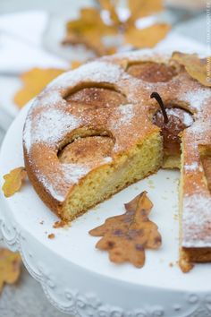 Herbstlicher Birnen-Rosmarin-Kuchen! - marieola - food and lifestyle blog