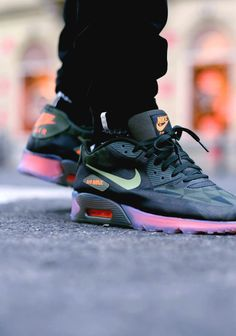 NIKE Air Max 90 Ice QS Triangle Camo