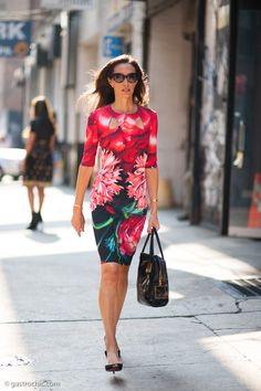 Olivia Chantecaille at Peter Som #streetstyle #fashion on http://www.gastrochic.com