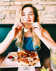 Food is my one true love. You can obviously see how happy I was to be eating this mouth watering grilled cheese. I love snapping a few quick pics at a trendy restaurant.
