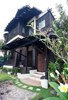 Young and passionate younger architects in Malaysia have now started the rejuvenation process to make the KAMPUNG HOUSE a modern sophisticated home. It has been very successful and very deep in pricetag.