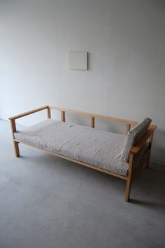 061 | 02_Custom made furniture Frame arm sofa : W1,800 D800 H720 / Solid ash oil finish / Linen 100%