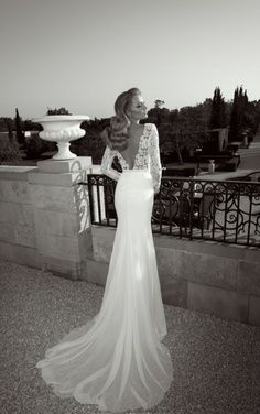 wedding dress   ...........click here to find out more     http://googydog.com