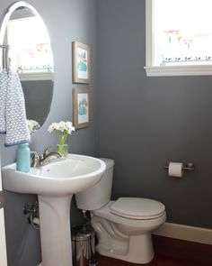 @theinspiredroom likes using moody colors to bring drama into a space, like Ascot Blue. Click through for more bathroom paint tips at MyColortopia.com
