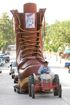 Red Wing Shoes World's Largest Boot: Featuring alongside the launch of Red Wing Shoes' latest flagship store in their home-state of Foto Picture, Georgia, Christian Louboutin, Red Wing Boots, Shoes World, Roadside Attractions, Arkansas, Worlds Largest, Minnesota