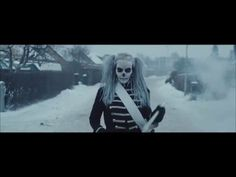 Kents nya video – full av gamla referenser - Musikguiden i Dark Beauty, Gothic Beauty, Kinds Of Music, Music Is Life, Places Around The World, Around The Worlds, Radios, Beowulf, Cat Gif