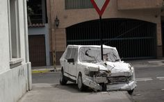 Chile-based artist Don Lucho only works with recycled materials he finds on the street. At first glance, there appears to have been two serious accidents and some poor interior design but amazingly these scenes are actually CARDBOARD art works.