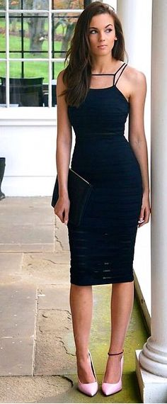 """Little Black Dress"" - a woman's fashion staple Sexy Dresses, Cute Dresses, Beautiful Dresses, Short Dresses, Cool Outfits, Casual Outfits, Moda Plus Size, Look Chic, Dress Me Up"