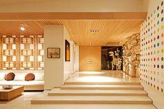 52 New Ideas For Exterior Design Modern Mid Century Exterior Paint Colors For House, Paint Colors For Home, Modern Exterior, Exterior Design, Midcentury Modern, House Paint Color Combination, Mid-century Interior, Mid Century House, Exterior Lighting