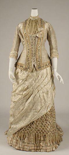 Dress Date: 1878–79 Culture: American or European Medium: silk Accession Number: C.I.45.38.1a, b