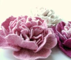 felted flower brooch  PINK PEONY  / mother's day gift idea / under 25 / ready to ship