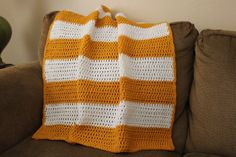 Honeybee Vintage: Yellow and White Crochet Baby Blanket