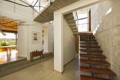 Anapanasati House / Aarcano Arquitectura