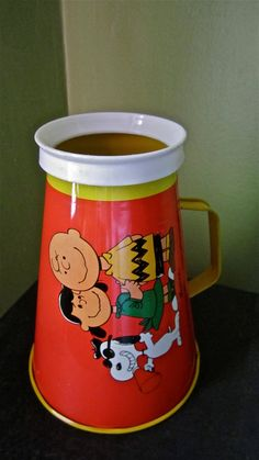 Charles Schultz1970 Toy Vintage Megaphone Tin Collectable Charlie Brown Lucy Snoopy Memorabilia