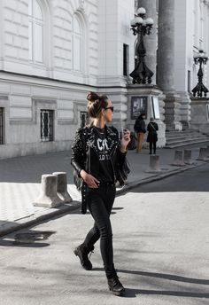 #rockandroll #jacket #rock #leather #girl #festival #concert #acdc #street #warsaw #zara #hm #totallook #black