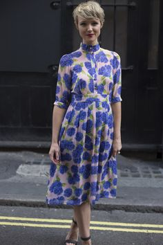 We've selected the most covetable London street style, fresh from the shows. We've selected the most covetable London street style, fresh from the shows. Fashion News, Fashion Show, Fashion Trends, Fashion Fashion, Trendy Fashion, Mode Simple, Tea Length Dresses, Tea Dresses, Spring Summer