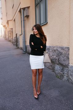 It's not that I want a black sweater or a white skirt, but that I absolutely love how sharp and clean this look is with only black and white.