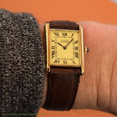 04e5d761e71a A 1990 s era Cartier Tank Must de Men s Size watch with an 18K Yellow Gold  plated