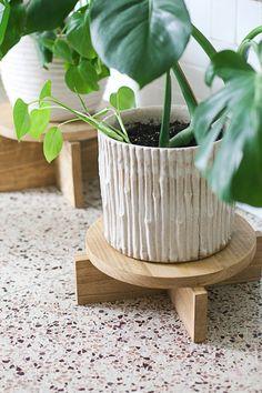 DIY Wood Plant Stand