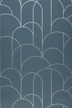 Wallpaper Zania (Blue grey, White aluminium)   Wallpaper from the 70s Classic Wallpaper, I Wallpaper, Designer Wallpaper, Pattern Wallpaper, Motif Art Deco, Art Deco Pattern, Art Deco Design, Marble Porcelain Tile, Cladding Design