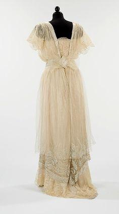 Edwardian 1910s | #historical #costume