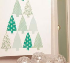 Add an artistic touch to the festive season with this Christmas tree art. Use similar shades of scrapbooking for a lovely visual effect. Christmas Tree Art, Christmas Diy, Visual Effects, Snowflakes, Free Printables, Scrapbook, Quilts, Crafts, Home Decor
